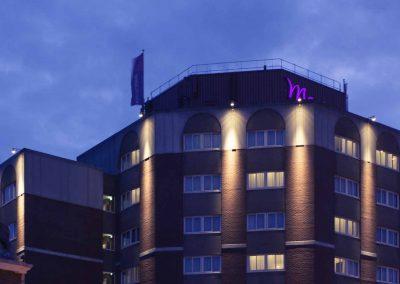 Mercure Hotel Nijmegen Centre Facade by night